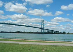 Photo of Ambassador Bridge