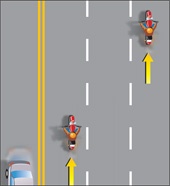 Diagram showing driving on a freeway with three or more lanes