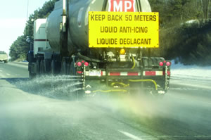Anti-icing vehicle
