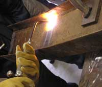 Photo of application of a heating pattern to a steel member